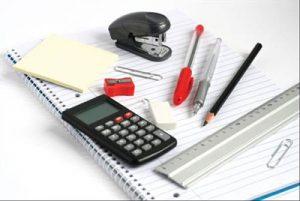 Persediaan SPM Ulangan: Alat tulis termasuk pen, pensil, kalkulator dan lain-lain.